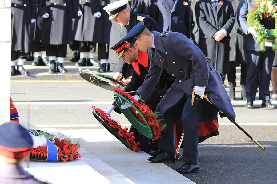 Prince William and Prince Harry laying wreaths at the Cenotaph