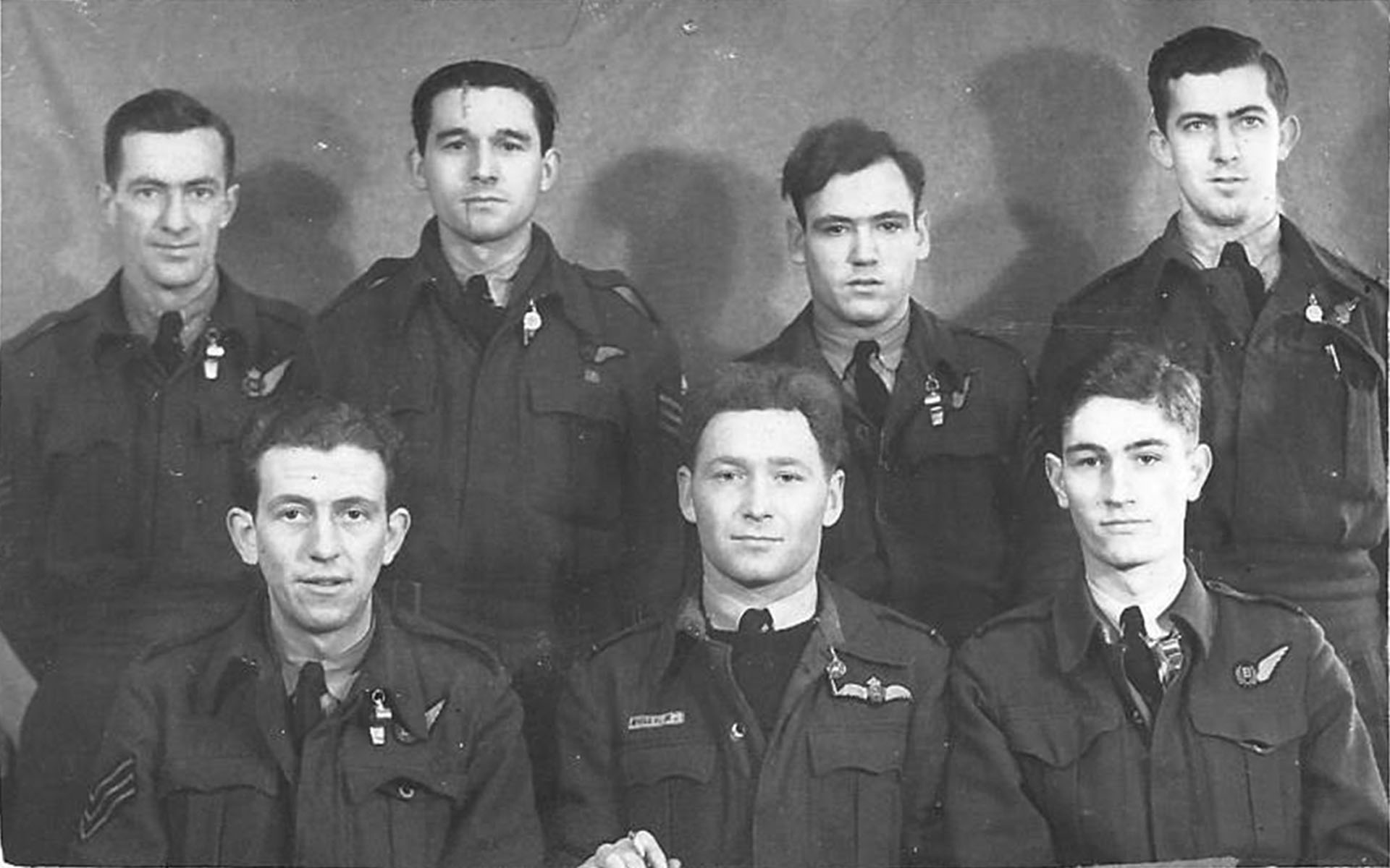 Desmond Lush with his 625 Squadron crewmates